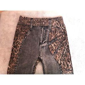 3/$12 🛍 High-Rise Cheetah Print Leggings